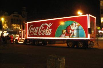 Spot natalizi: il famoso truck della Coca-Cola