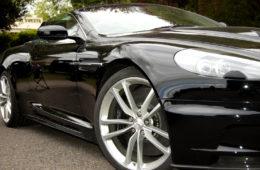 Auto e moda Aston Martin